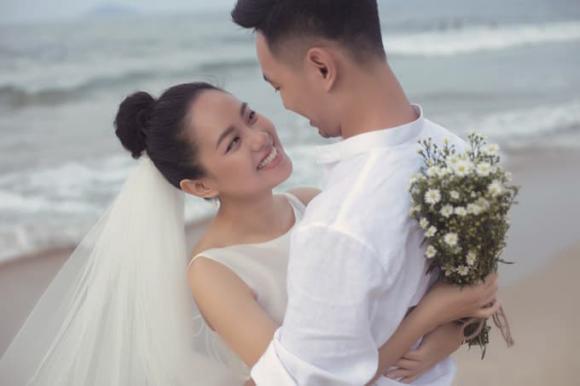 ca sĩ Hoàng Quyên, Hoàng Quyên ly hôn chồng, Hoàng Quyên