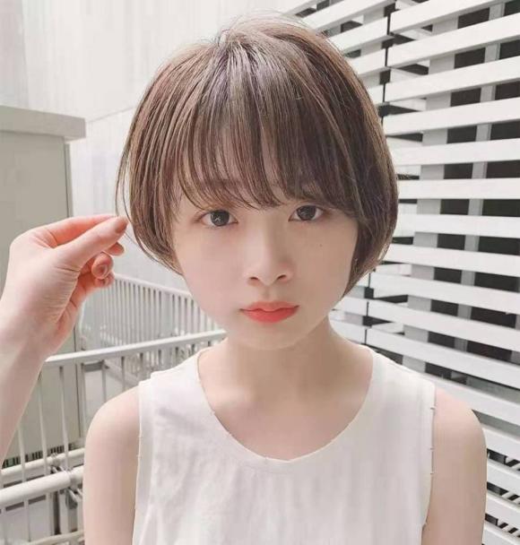tóc ngắn, mặt tròn, chọn kiểu tóc hợp gương mặt