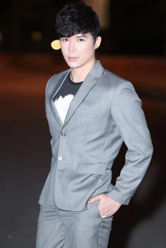 Ca sĩ Nathan Lee,nam ca sĩ nathan lee, nữ hoàng nội y Ngọc Trinh, sao Việt
