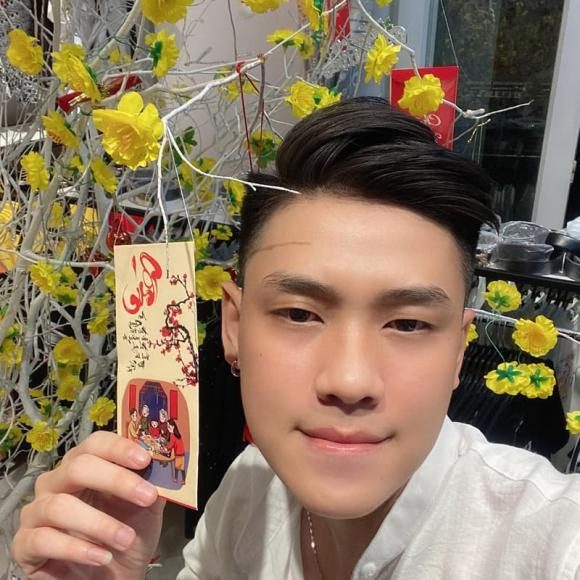Kim Dung, em trai Kim Dung, NTK Lý Quí Khánh, thanh niên