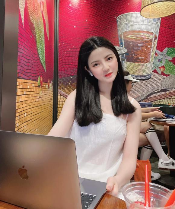 Quang Hải, bạn gái Quang Hải, Chu Thanh Huyền