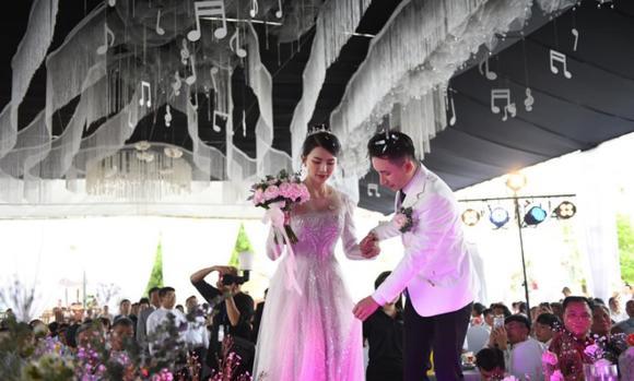 Phan Mạnh Quỳnh, đám cưới Phan Mạnh Quỳnh, nhạc sĩ Phan Mạnh Quỳnh