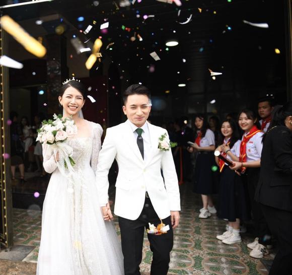 Phan Mạnh Quỳnh, Khánh Vy, Nam ca sĩ, Đám cưới