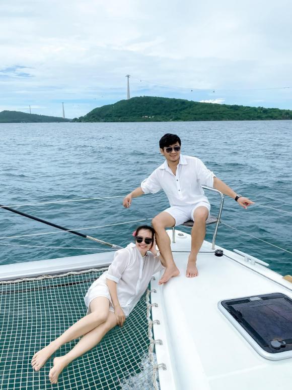 Quý Bình, vợ  Quý Bình, diễn viên  Quý Bình, Ngọc Tiền