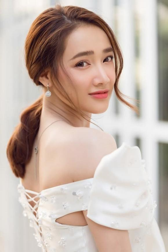 diễn viên Nhã Phương, đạo diễn Nhất Trung, sao Việt