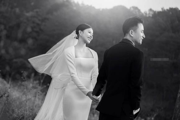 Phan Mạnh Quỳnh, Khánh Vy, Ảnh cưới, Nam ca sĩ