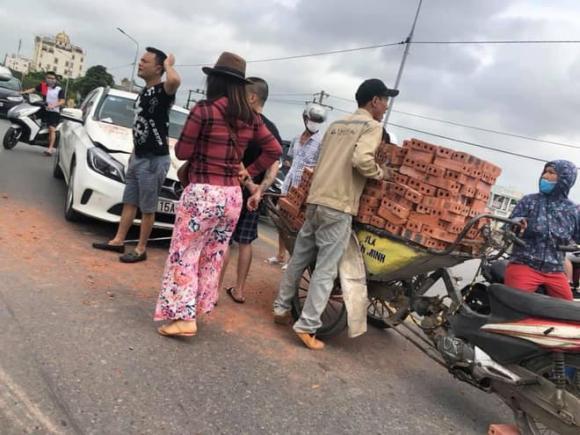 nữ tài xế, Mercedes, Hải Phòng, tai nạn