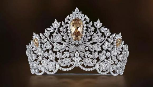 Vương miện Miss Universe 116 tỷ bị thu hồi mà chưa rõ nguyên nhân