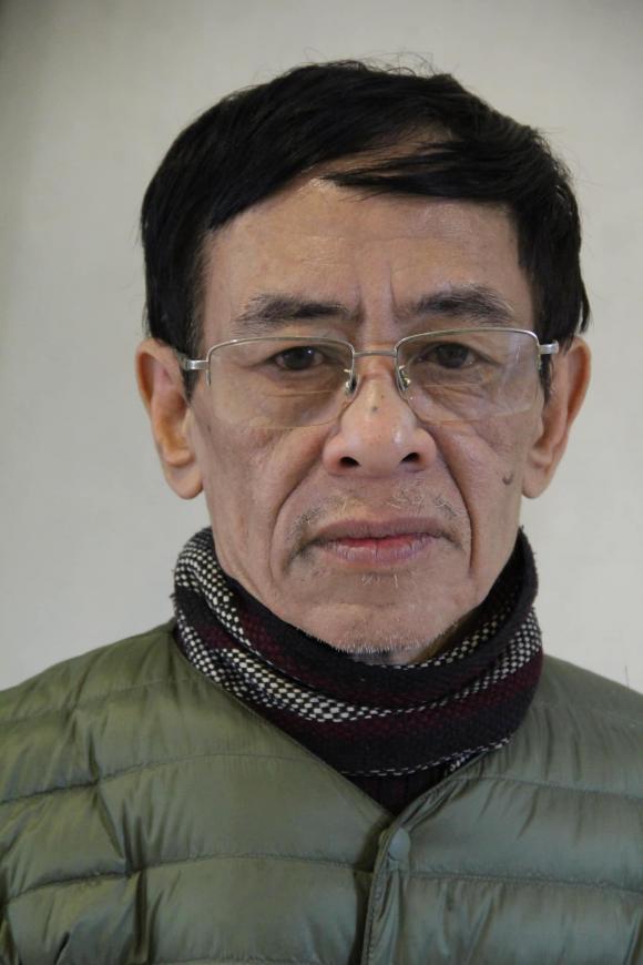 Bác sĩ Hoa Súng, Hoàng Nhuận Cầm, sao việt