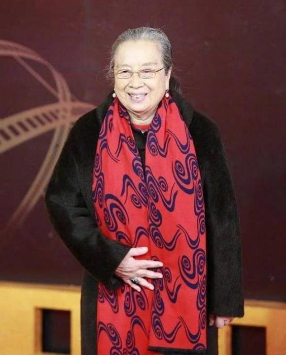 Lý Minh Khải, Dung Ma Ma, Hoàn Châu Cách Cách