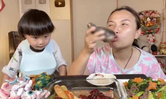 Quỳnh Trần JP, Quỳnh Trần JP bóc phốt, youtube