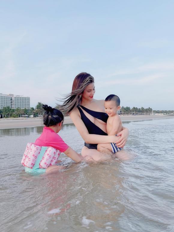 Diệp Lâm Anh, Diệp Lâm Anh bikini, sao Việt