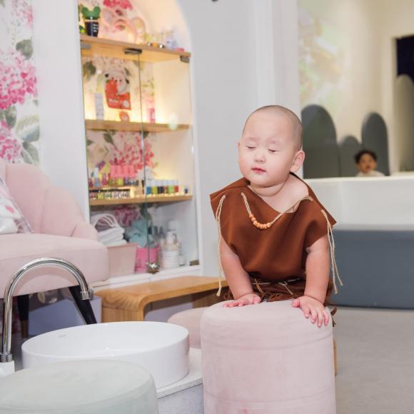 Ca sĩ Trà My Idol, cao Việt