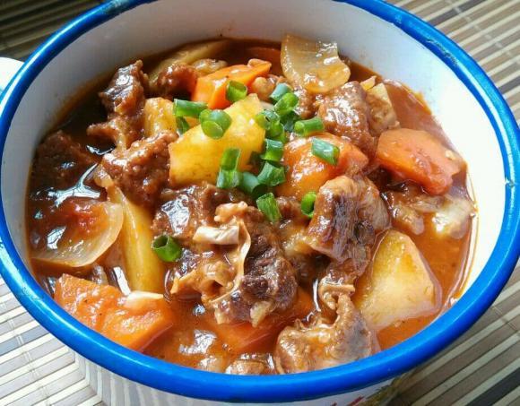 thịt bò hầm khoai tây, món ngon, nấu ăn