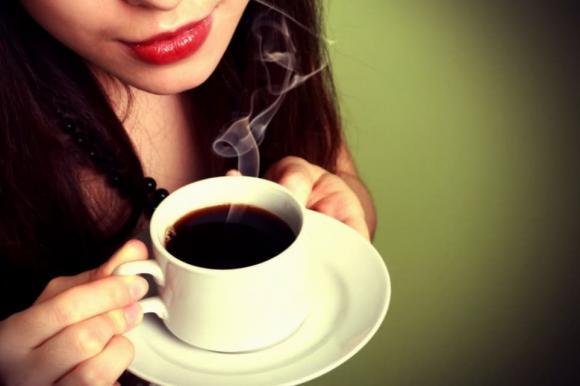 uống nước buổi sáng, uống nước ấm buổi sáng, uống nước,