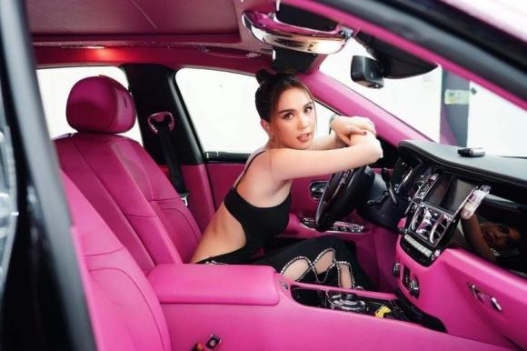 ma nữ đẹp nhất Thái Lan Mai Davika, Ngọc Trinh, thời trang sao
