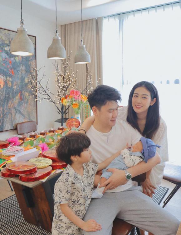 Trang Lou, Trang Lou sau sinh, thanh niên