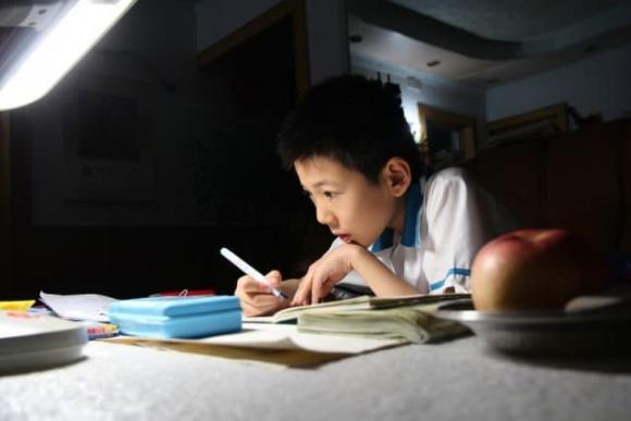 chăm trẻ, trẻ học, dạy con