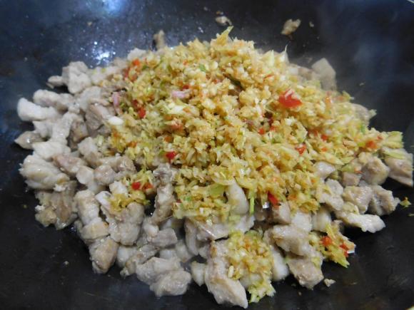 món thịt mắm ruốc rim khô, công thức làm món thịt mắm ruốc rim khô, món ăn ngon từ thịt lợn