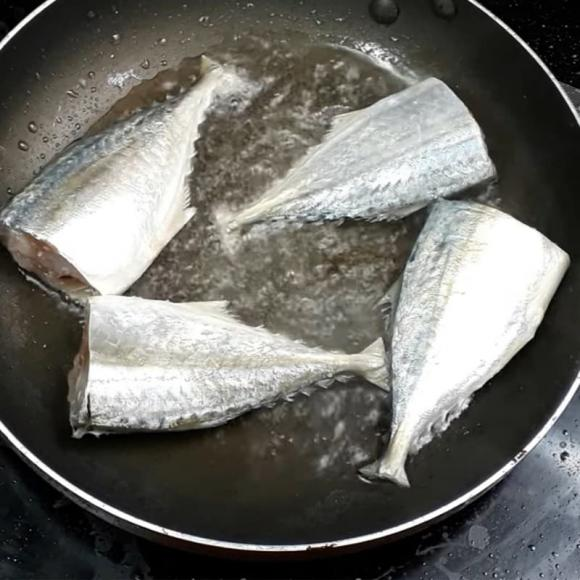cá kho, cá kho dứa, dạy nấu ăn, mẹo nấu ăn