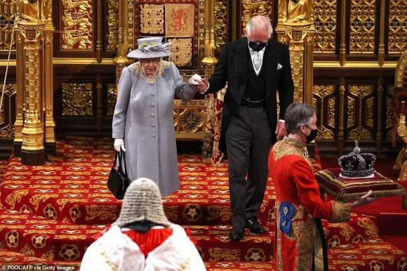 nữ hoàng anh, thái tử charles, hoàng thân philip, hoàng gia anh