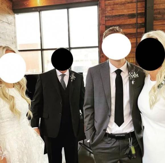 chuyện lạ, mẹ chồng nàng dâu, mẹ chồng mặc váy trắng trong đám cưới