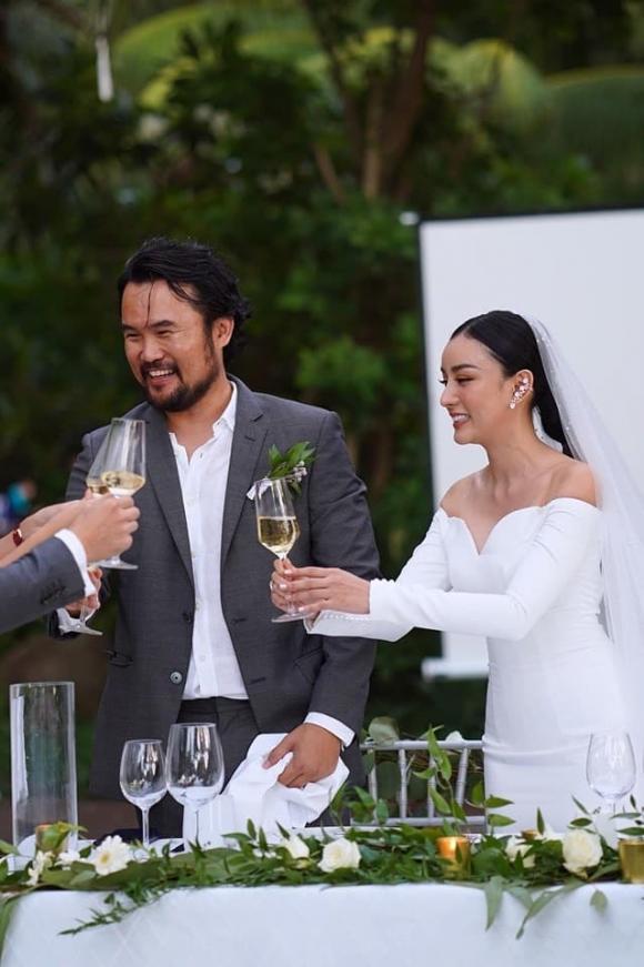 Phạm Băng Băng, Angela Chu, biệt thự, đại gia