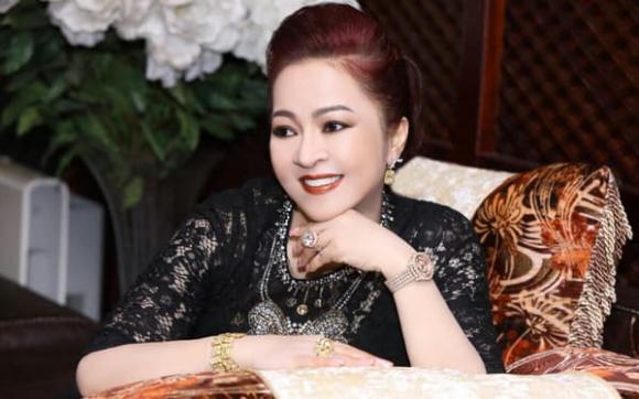 bà Phương Hằng, vợ ông Dũng lò vôi, Hoa hậu