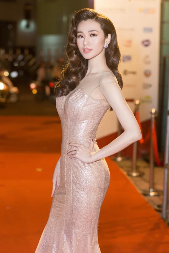 diễn viên Khánh My,nữ diễn viên Khánh My,nam ca sĩ nathan lee,Ca sĩ Nathan Lee, nữ hoàng nội y Ngọc Trinh, sao Việt