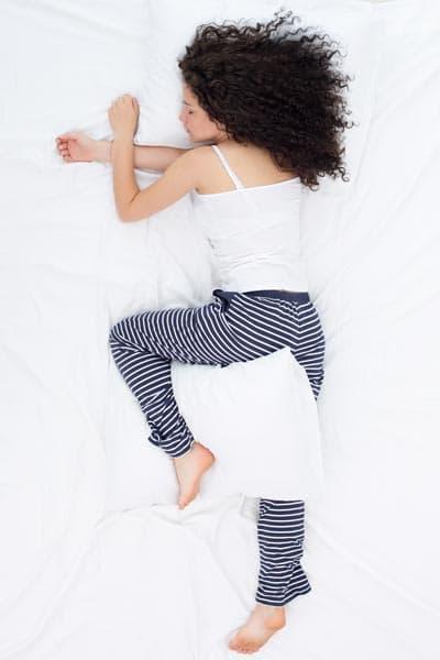 đau lưng, sức khỏe, bệnh đau lưng gây mất ngủ