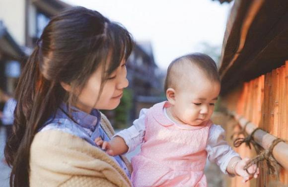 chăm sóc trẻ nhỏ, chăm sóc trẻ, chăm sóc trẻ cần lưu ý gì