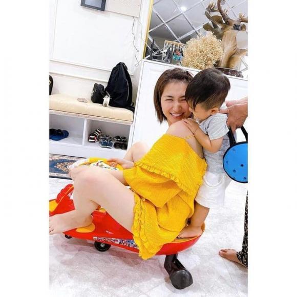 Hòa Minzy, Nữ ca sĩ, Bé Bo, con trai hòa minzy