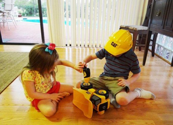 dấu hiệu trẻ thông minh, trẻ thông minh, chăm sóc trẻ đúng cách