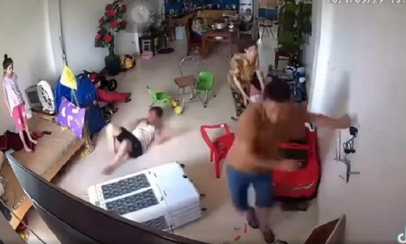 điện giật, rửa xe, đàn ông