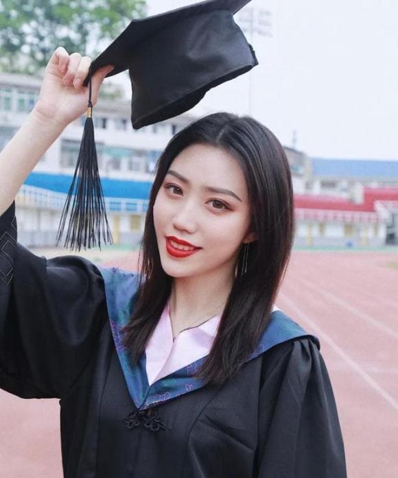 trang điểm, lễ tốt nghiệp, trang điểm để chụp ảnh tốt nghiệp, make up