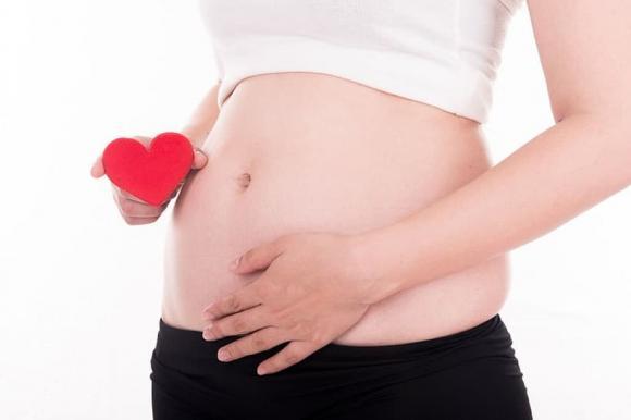mang thai, mẹ bầu, kiêng báo tin vui 3 tháng đầu, mang thai 3 tháng đầu, kiêng báo mang bầu