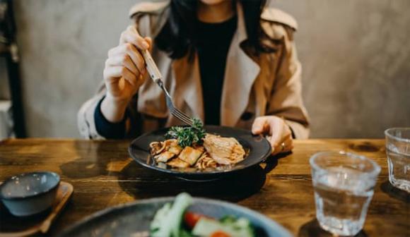 sai lầm ăn uống, thói quen ăn uống xấu, chế độ ăn lành mạnh