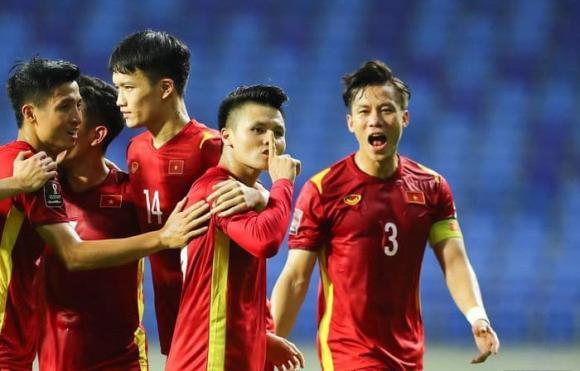 Đoàn Văn Hậu, cổ động viên Indonesia, đội tuyển bóng đá Việt Nam