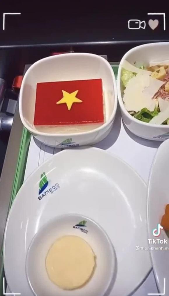 vòng loại World Cup, ĐT Việt Nam, tiếp viên hàng không, Bamboo Airways