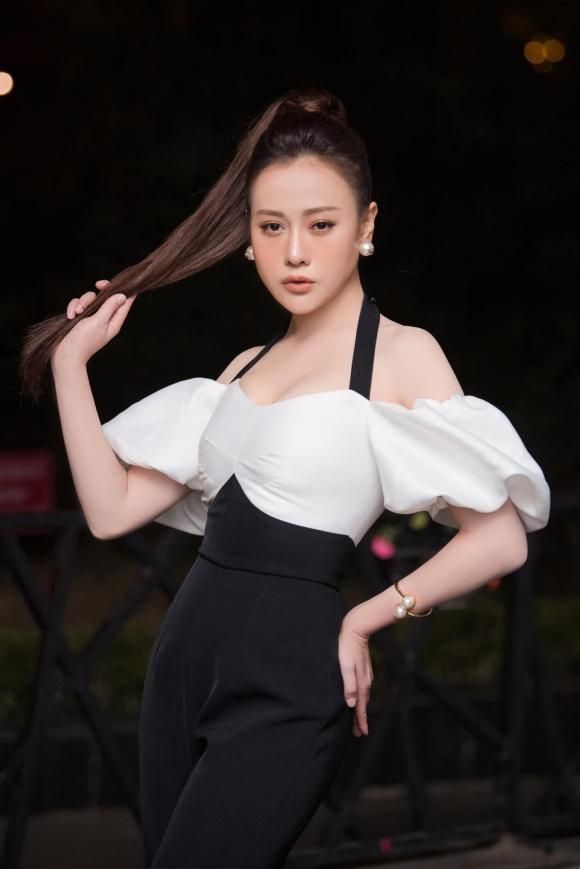 Phương Oanh, Hương vị tình thân, thời trang sao