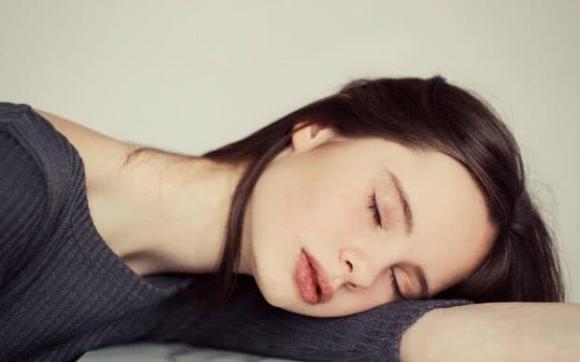 giấc ngủ, sự quan trọng của giấc ngủ, ngủ như thế nào tốt cho sức khỏe