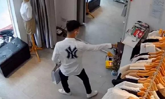 cướp giật, cướp điện thoại, phụ nữ
