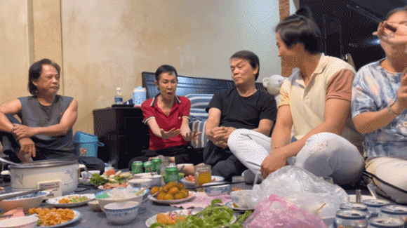 Ông hoàng cải lương Hồ Quảng Vũ Linh, sao Việt, NSƯT Vũ Linh