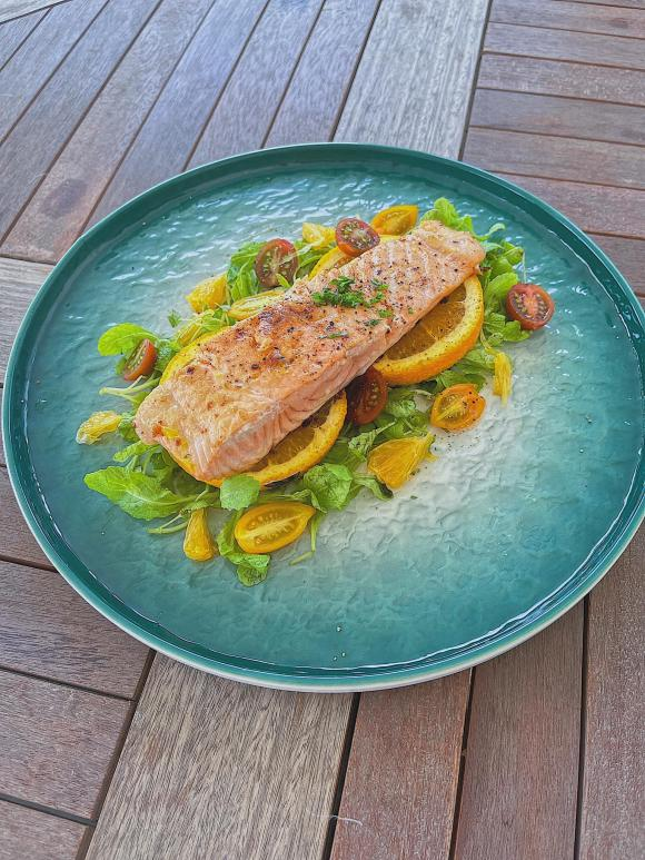 Lan Khuê, cá hồi sốt cam, món ngon từ cá hồi