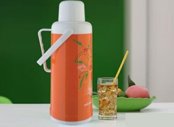 phích nước, Tại sao nên chừa một khoảng trống giữa nước sôi và nắp phích, Mẹo sử dụng phích để có hiệu quả tốt, sử dụng phích nước, vệ sinh phích nước, bình thủy