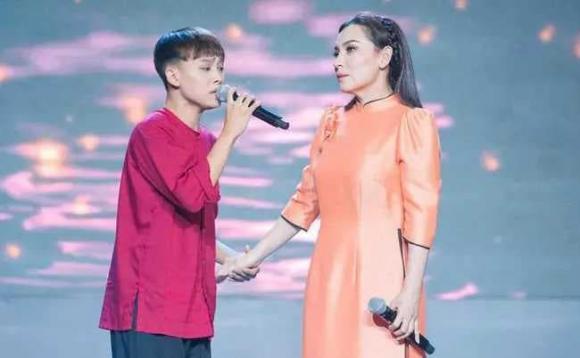 ca sĩ Phi Nhung, ca sĩ Ái Thanh, sao Việt