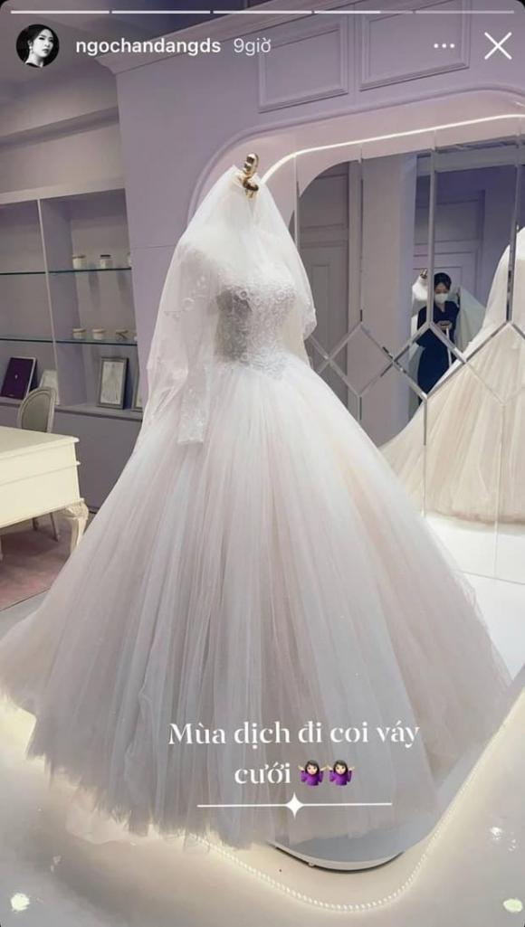 Hoa hậu Ngọc Hân, lễ cưới, hoãn hôn lễ, dịch Covid-19, váy cưới, Phú Đạt, sao Việt