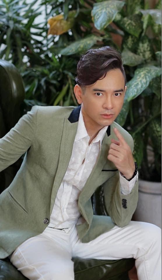 ca sĩ Việt Quang, sao Việt