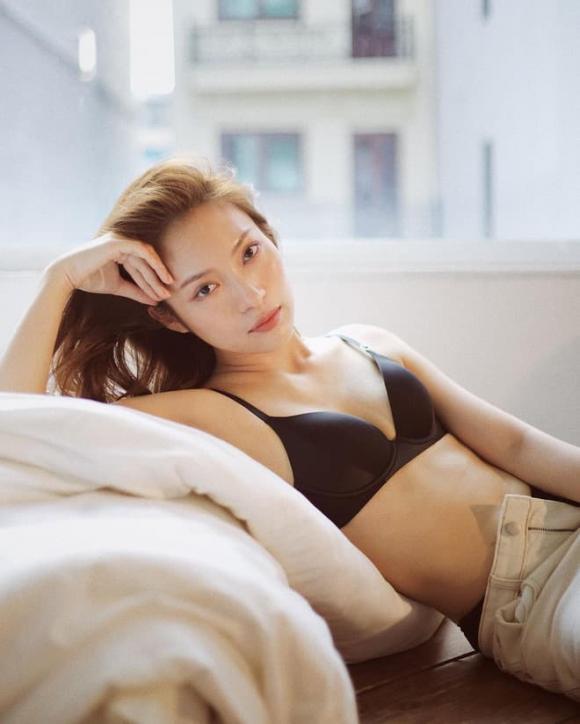 hot girl 7 thứ tiếng, Khánh Vy, hot girl Khánh Vy