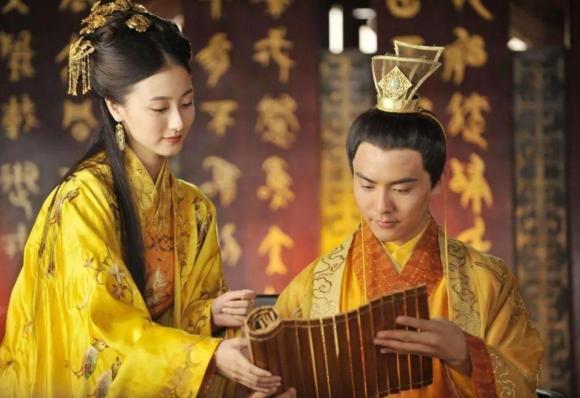 phi tần, câu chuyện chốn hậu cung, hoàng đế